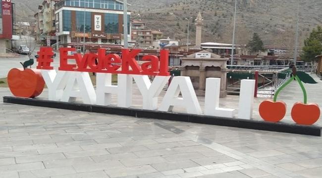 Kayseri'nin Yahyalı ilçesinde yüz yüze eğitime 1 hafta ara verildi