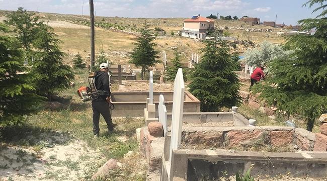 İncesu Belediyesinden Mezarlıklarda Çevre Düzenleme Çalışması