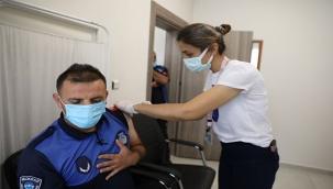 Melikgazi Belediyesi'nde personel aşı oluyor