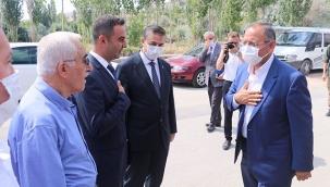 Özhaseki, Partililer ve Vatandaşlarla Bayramlaştı