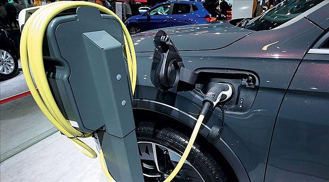 Binek araçların yarısının 2032'ye kadar elektrikli olması bekleniyor