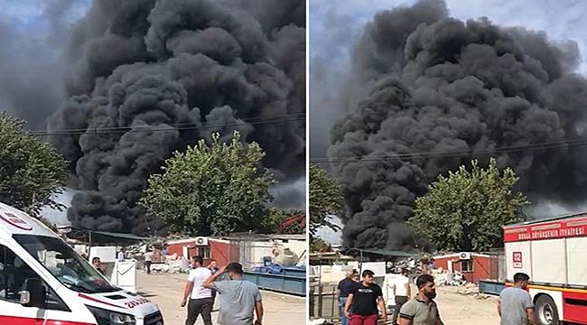 Geri dönüşüm tesisinde yangın kısa sürede söndürüldü