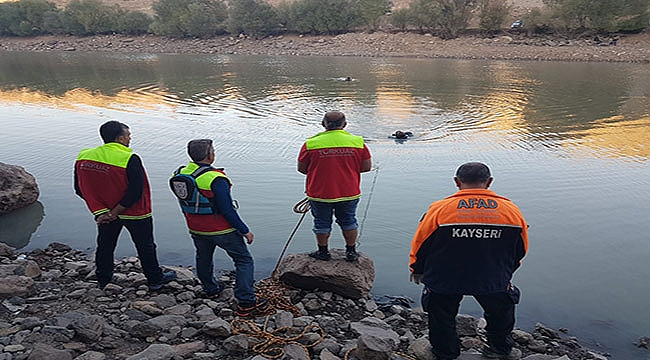Kayseri'de balık tutmak için girdiği gölette kayboldu