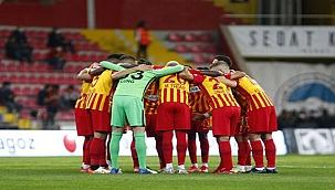 Kayserispor'da Gavranovic ve Uğur Demirok sevinci!