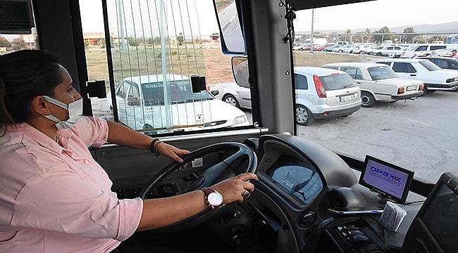Kütahya'da kentin ilk ve tek kadın halk otobüsü şoförü oldu