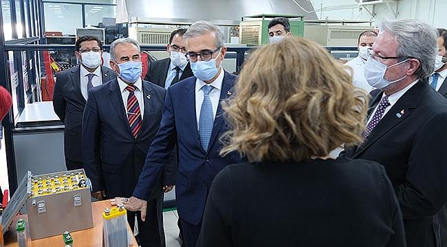 Cumhurbaşkanlığı Savunma Sanayii Başkanı Prof. Dr. İsmail Demir ASPİLSAN Enerji'yi Ziyaret Etti