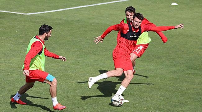 Sivasspor Antalyaspor maçına hazırlanıyor